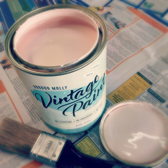 How to Use Vintage Paint - The Basics